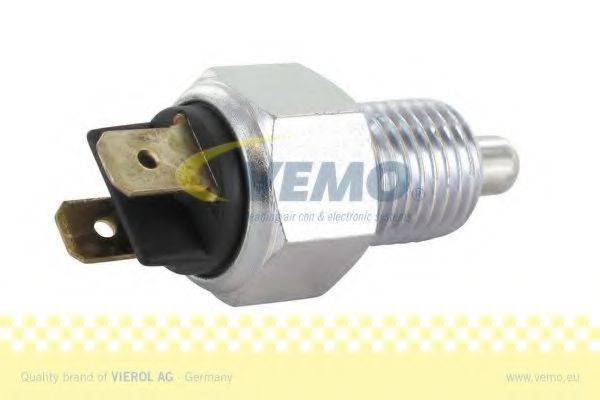 VEMO V24730013 Выключатель, фара заднего хода